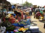 RDC : comment l'élite rackette les grands marchés de Kinshasa