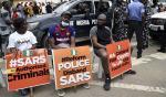 Sous la pression de sa jeunesse, le Nigeria dissout une unité de police contestée